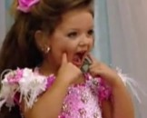 9 Chief Pros and Cons of Beauty Pageants